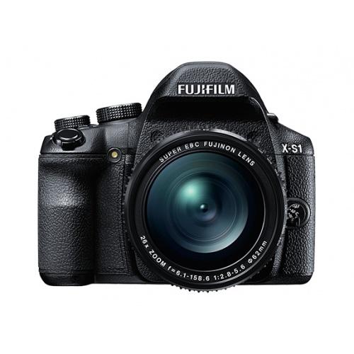 FUJIFILM X-S1 + SDHC8GB + blesk EF-20